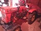 Трактор 2005 года выпуска
